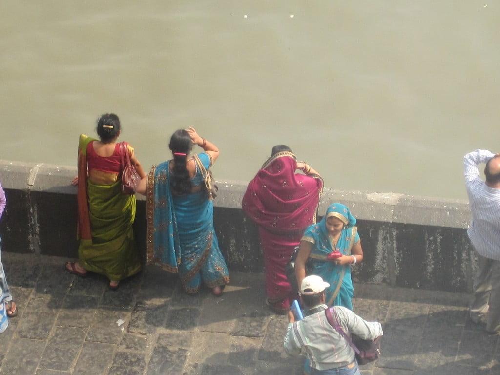 saris best